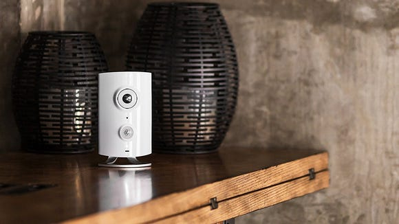 10 smart home essentials every renter needs in their apartment