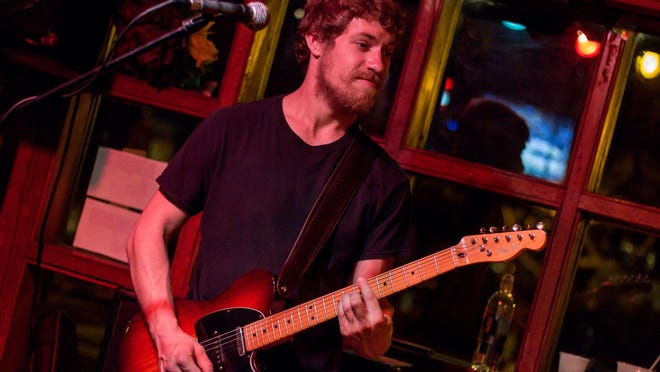 Greg Lyon will be performing Thursday night at Hub Stacey's Downtown.