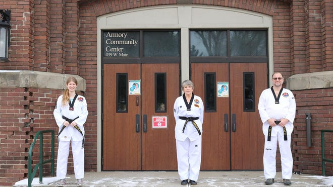 Taekwondo classes return in Ionia.