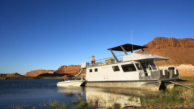 Most of the Delta's houseboating vacationers are welcomed during the prime spring and summer months of May through late September or early October, when the air and water temperatures are warm — if not blazing — according to Bill Wells, California Delta Chambers and Visitors Bureau executive director.