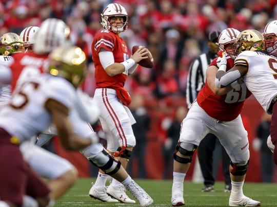 Wisconsin quarterback Alex Hornibrook looks to pass