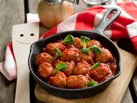 Crowd-Please Meatballs and Marinara [RECIPE]