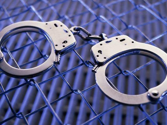 636249295390825066-Cuffs5.jpg