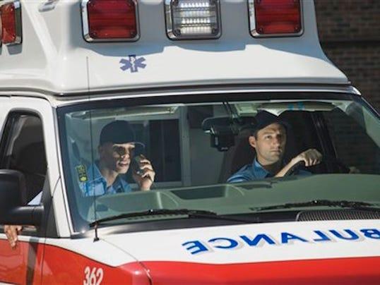 636112794499287005-ambulance.jpg
