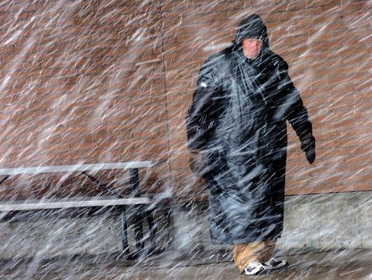 636510954153742325-Spring-Snow-Homeless.jpg