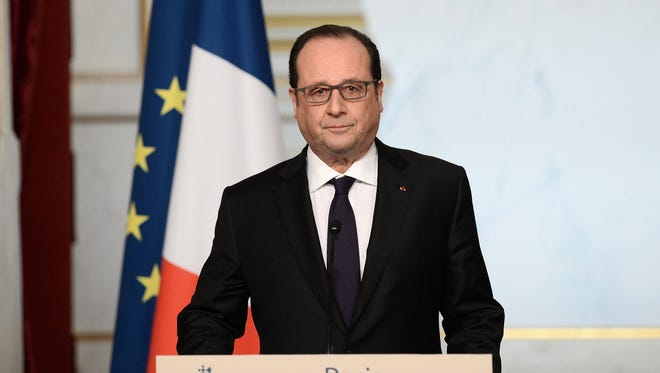 French President Francois Hollande delivers a speech at the end of the weekly cabinet meeting at the Elysee Presidential Palace in Paris, France, 30 March 2016.