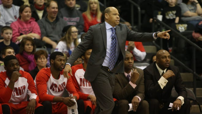 Detroit Titans coach Ray McCallum on the bench against Oakland on February 15, 2015 the Athletics Center O'Rena in Auburn Hills.