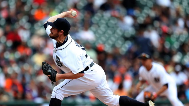 Detroit Tigers' Alex Wilson pitches against the Houston Astros during eleventh inning action on May 21, 2015, at Comerica Park in Detroit.