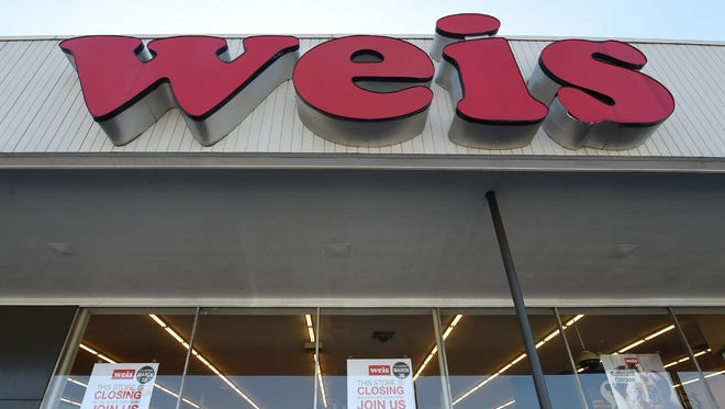 The Weis supermarket located at Rt. 30 and North George Street in Manchester Township will close by the end of March.