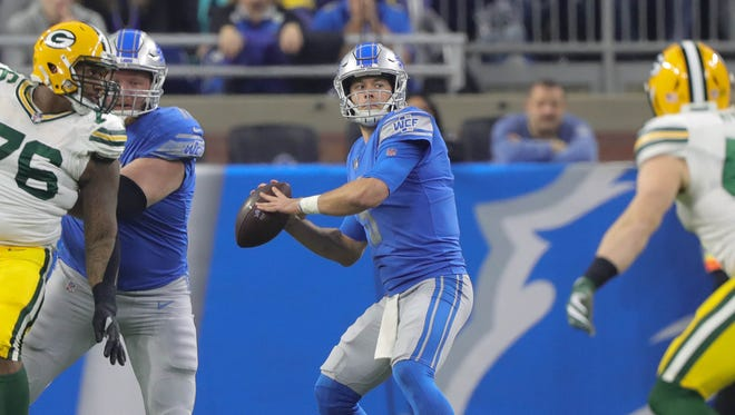 Lions' Matthew Stafford passes against the Packers in the first quarter Sunday, Dec. 31, 2017 at Ford Field,