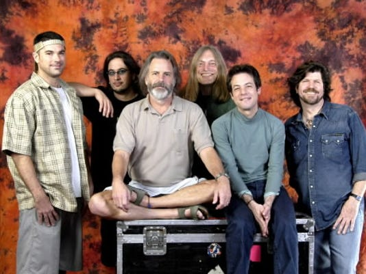 Bob Weir is best known for his days as the rhythm guitarist for The Grateful Dead but has since started his own band, RatDog. In the decade since the band s inception, RatDog s music has shifted from a laid-back bluesy tone to a more jazzy rock sound.
