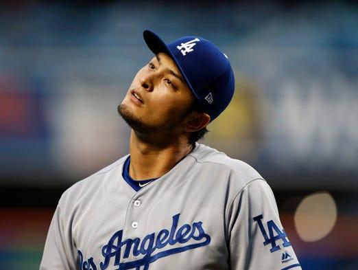 Los Angeles Dodgers starting pitcher Yu Darvish (21)