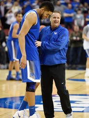 Kentucky Wildcats forward Karl-Anthony Towns (12) and