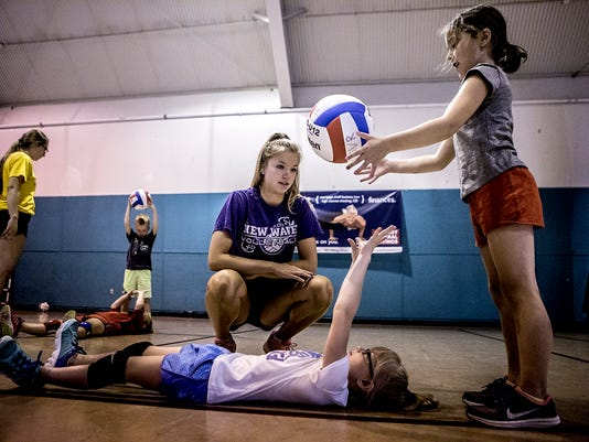-01-New-Wave-Volleyball-camp-.JPG