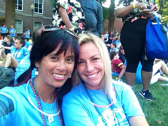 Raela Villanueva and Linda Price before the walk in D.C. in 2013. Raela and Linda will join others in Seattle on June 14.
