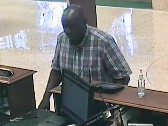 KNS-robbery-0629_01