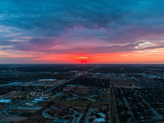 Texas sunset for August #vivacc #corpuschristi #memoriesmadecc #drone #dronegear #dronelife #droneporn #instadrone #sunset #texas #tamucc