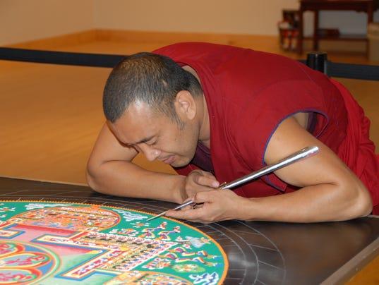 635953578110427815-Monks1.jpg