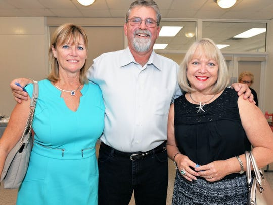 Sandee & Art Allen, Sponsor A & G Pools; and Sydney Liebman, Hands Clinic