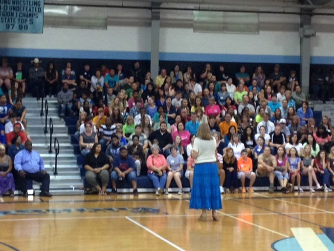 Airline High School teacher Terri Robertson addresses students and parents during freshmen orientation. This yearâ??s freshmen class at Airline is the biggest in school history. More than 400 of the schoolâ??s 550 freshmen attended the event. Freshmen orientation was organized by Assistant Principal Sandra Pena.