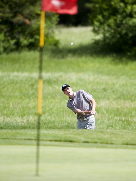 636010116519668279-BUR-0609-golf-championships-11.jpg