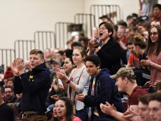 Potterville High School students react as Bobby Rush