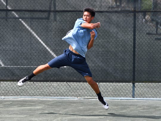Andrew Tran competes in the USTA Southern 16s Intersectionals at Pierremont Oaks.