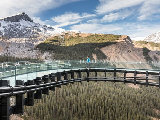 On the Icefields Parkway, the Glacier Skywalk protects