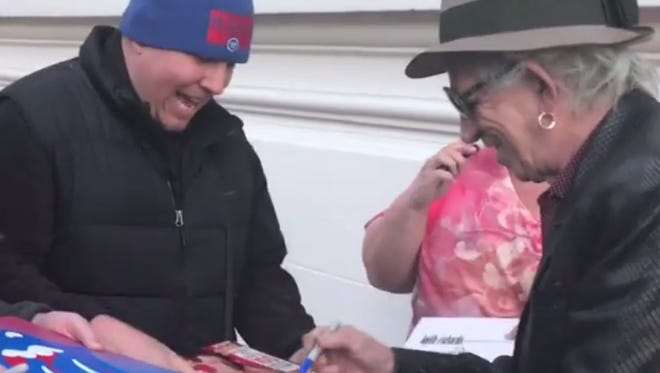 Keith Richards met fans outside of The Hermitage Hotel in Nashville on Thursday.