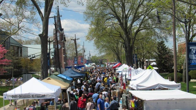 The crowd on Washington Street at the 2015 Toms River Food Festival.