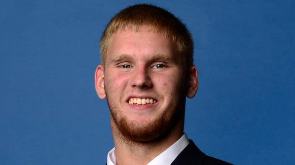 Auburn freshman Braden Smith played tight end against MIssissippi State and practiced at guard on Tuesday.
