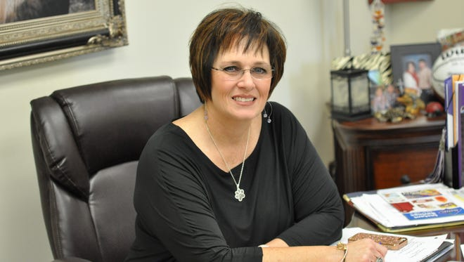 University Academy Director DeEtte Loyd