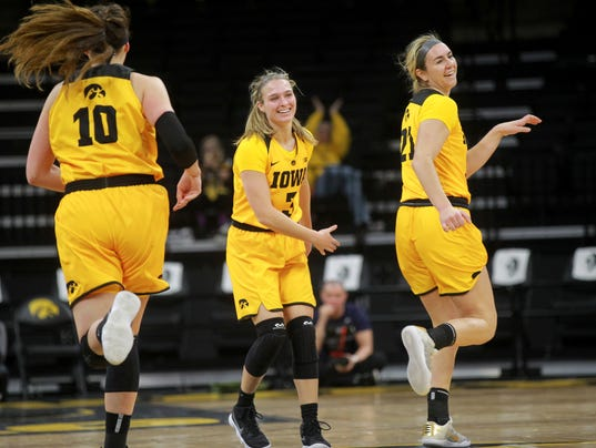 636537204413201009-180208-06-Iowa-vs-Penn-State-womens-basketball-ds.jpg