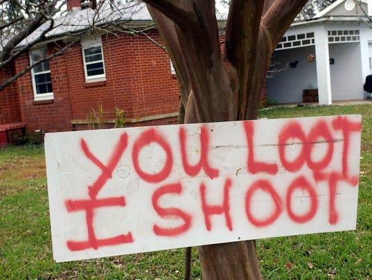 looting 6.jpg