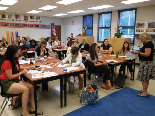 636395956585340603-Conley-Elementary-School-was-the-meeting-place-for-district-s-art-teachers-during-pre-planning-week.JPG