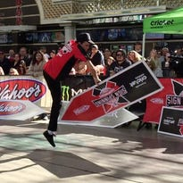 In Vegas, sign-spinning moves nab big attention
