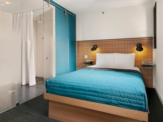 The incredible shrinking hotel room for Design hotel usa