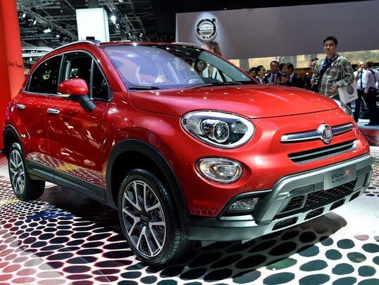 first look stylish u s bound fiat 500x crossover. Black Bedroom Furniture Sets. Home Design Ideas