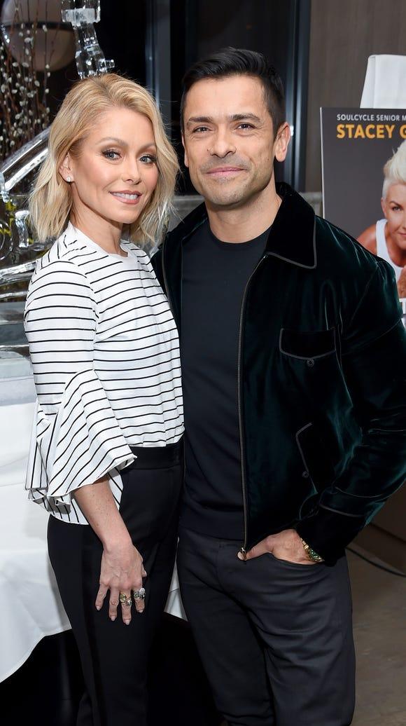 'All My Children' co-stars Kelly Ripa and Mark Consuelos,