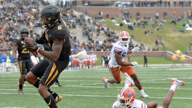 Missouri Tigers wide receiver J'Mon Moore (6) catches a pass for a touchdown.