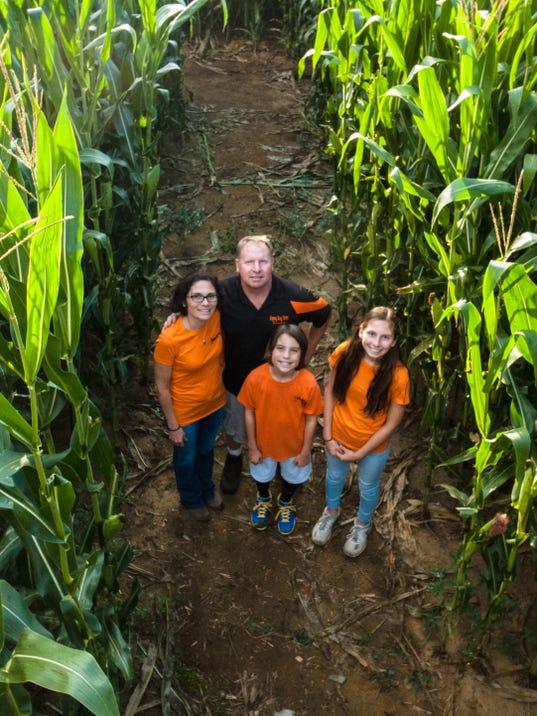 636414100369657866-Happy-Day-Farm-3.jpg