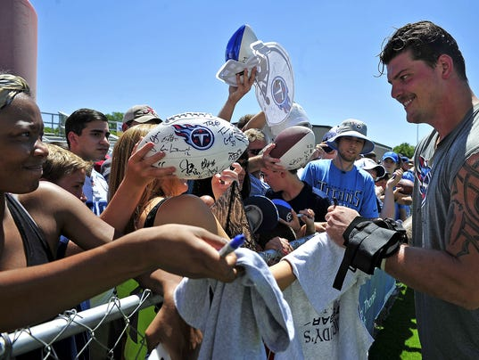 NAS-Fans at Titans first practice
