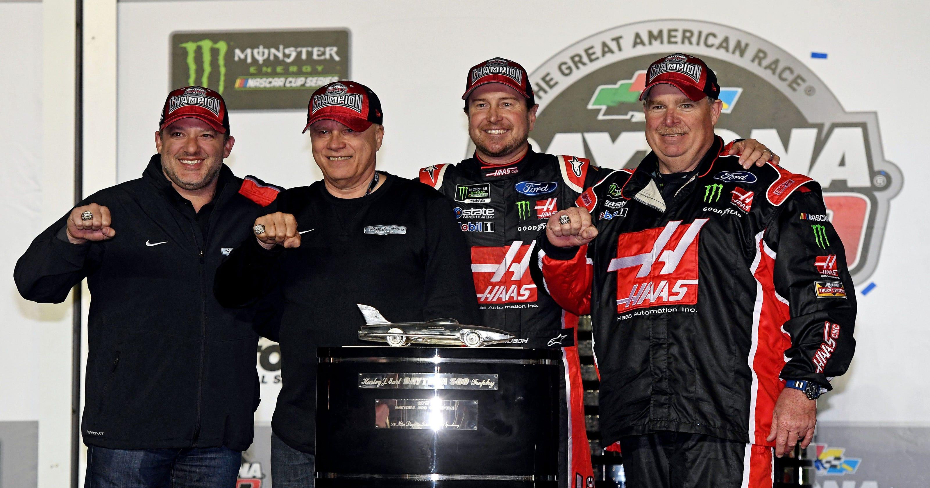 Kurt Busch bails out Las Vegas sports books with Daytona 500 win