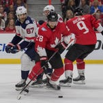 Why Ron Hextall is fine with Claude Giroux in World Cup