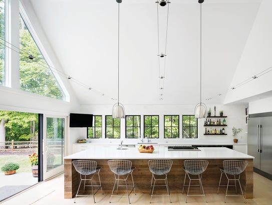 Quartz countertops are a popular trends in kitchen