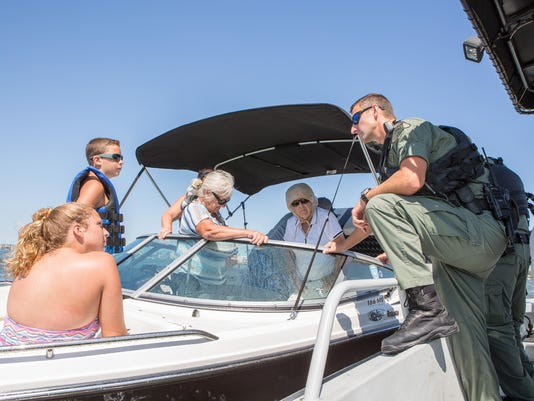 20150814rm_Boat_Safety-2