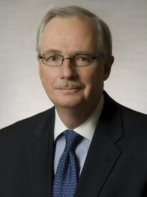 Corning Inc. Vice Chairman And Chief Financial Officer James Flaws.