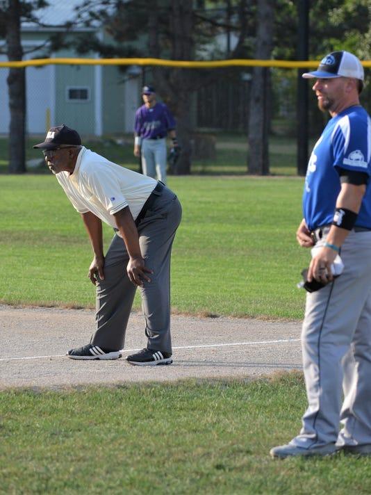 world-series-umpire-1.JPG