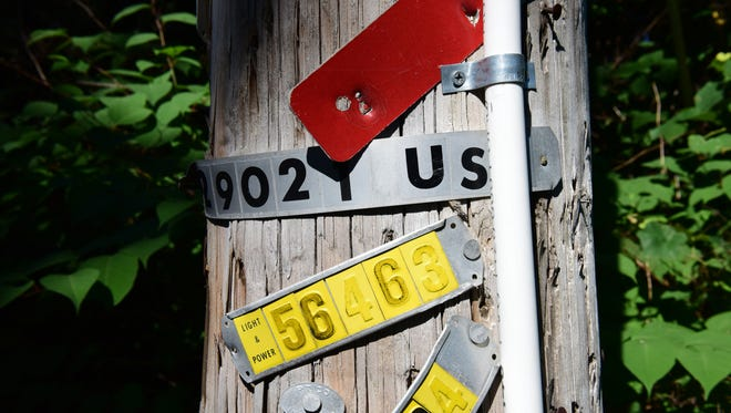 An eruv on a utility pole on West Saddle River Road at Applewood Drive in Upper Saddle River last month, after the deadline passed to have it removed.