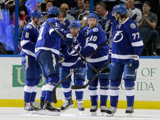 635647394281700622-AP-Panthers-Lightning-Hockey